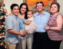 Ayuda Luis Marañón y Alexandra Cobos